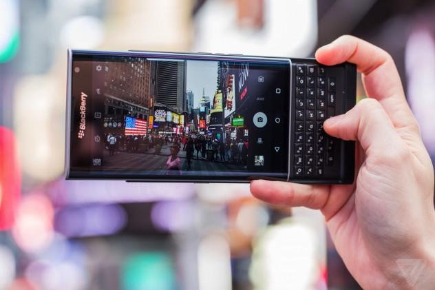 รับซื้อ BlackBerry PRIV